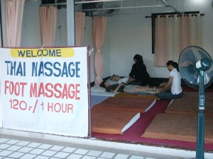 """Health Massage"", a popular and clean massage shop in Chiang Mai"