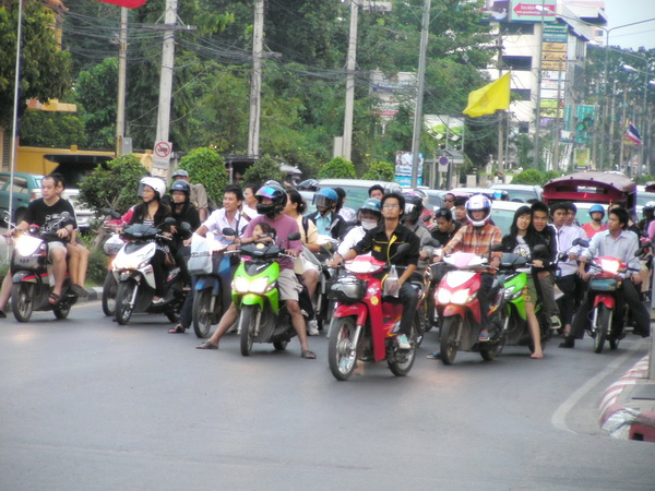 Motorbikes in traffic in Thailand