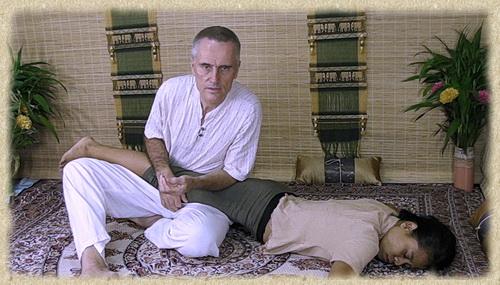 thai massage on hamstrings